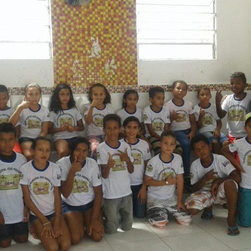 Prefeitura de Jaicós conclui entrega de mais de 3 mil fardamentos escolares