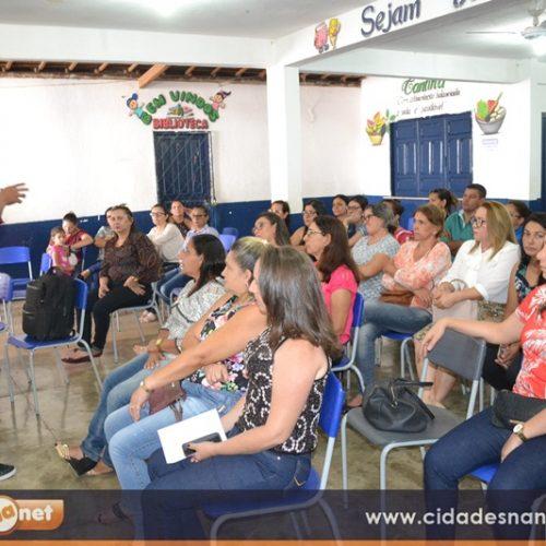 Educação de Campo Grande realiza formação de professores para o início do semestre letivo
