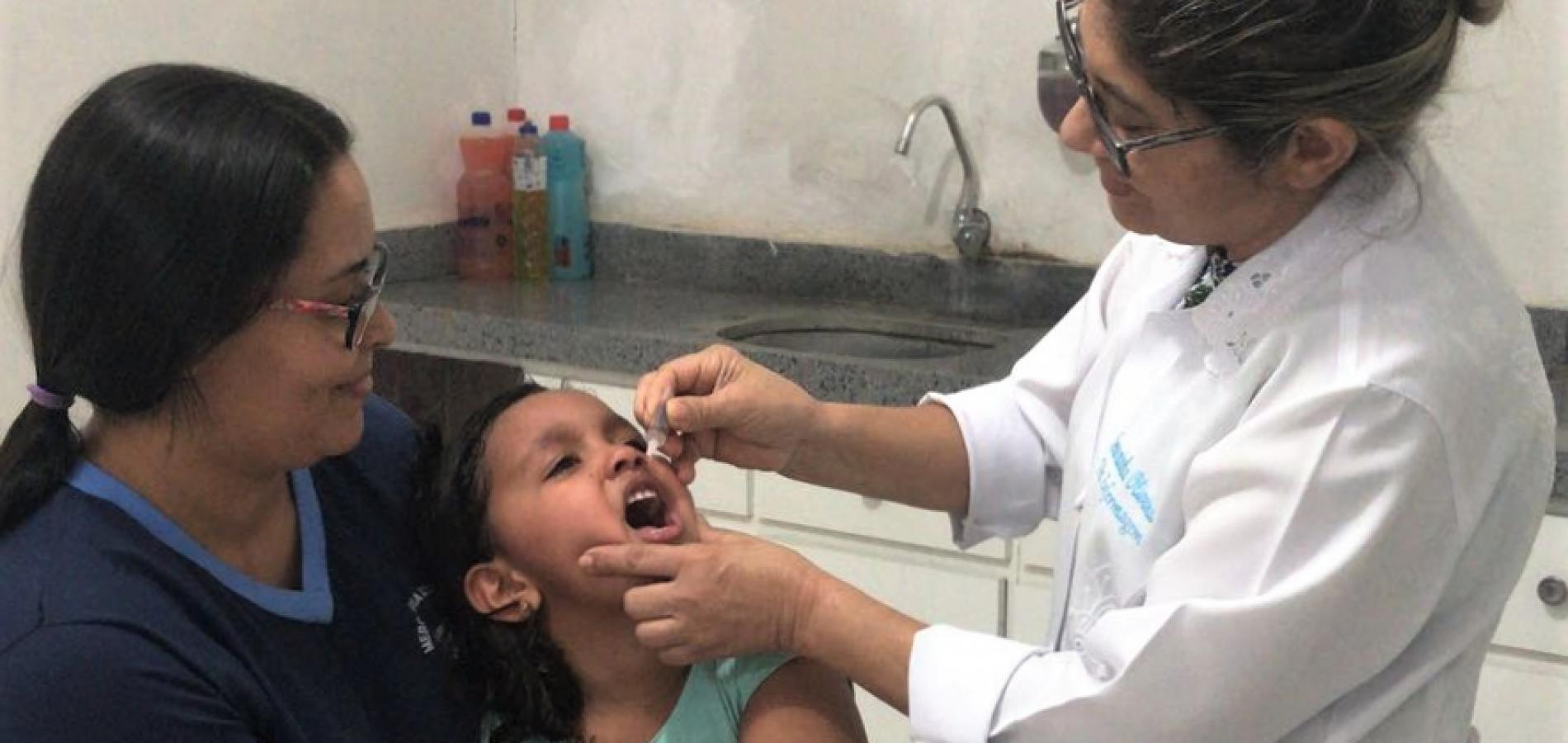 Crianças de Pio IX recebem vacina contra Poliomielite e Sarampo