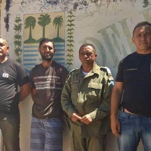 PM cumpre mandado e prende suspeito de roubo em Massapê do Piauí
