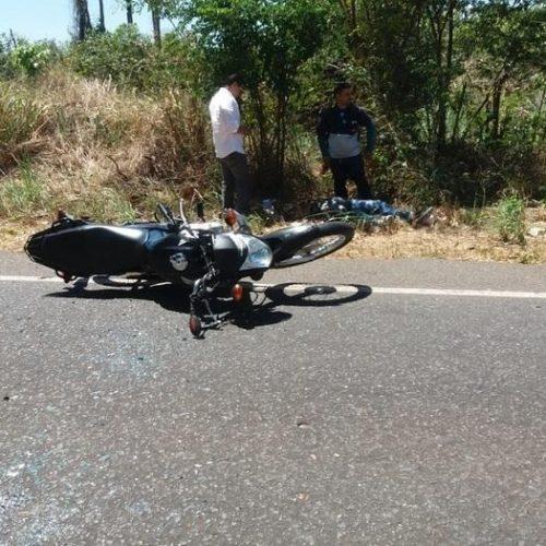 Colisão entre carro e moto deixa homem gravemente ferido na PI-113