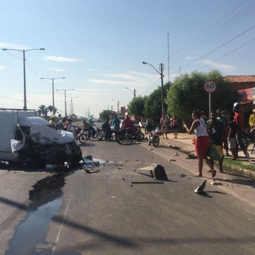 Acidente deixa duas pessoas gravemente feridas no Piauí