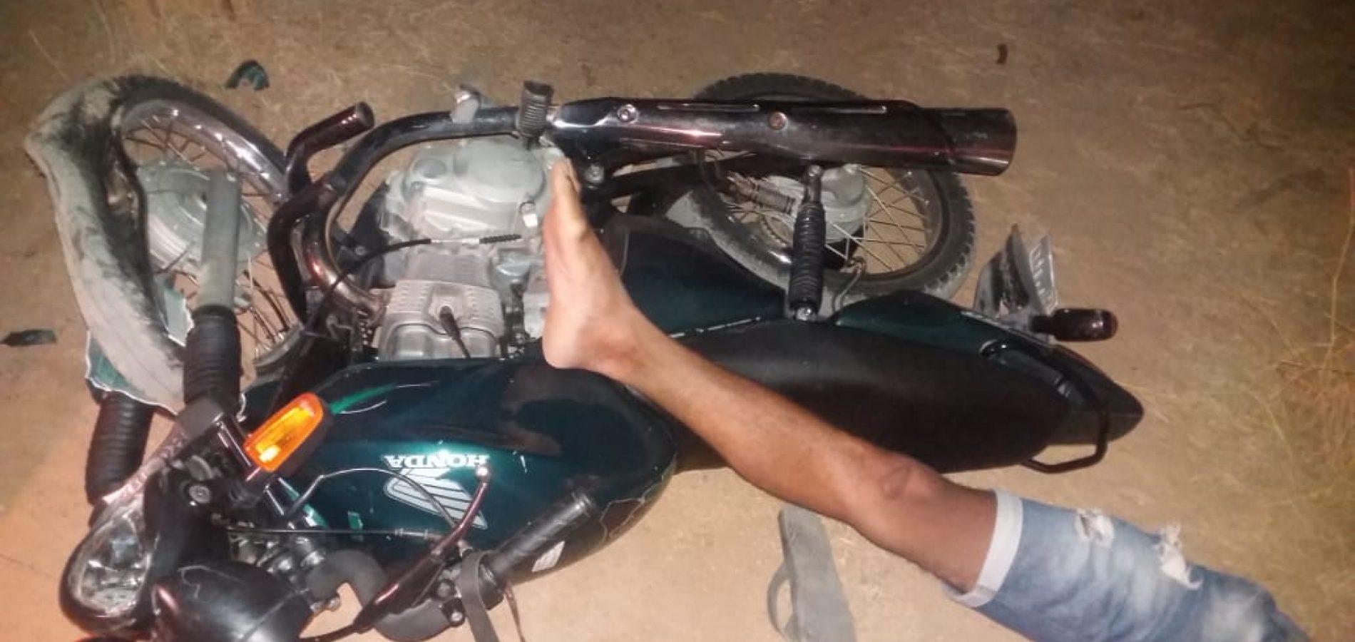Motociclista morre após colidir com poste no interior de Padre Marcos