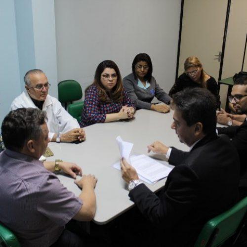 Conselhos de saúde e MP encontram irregularidades em vistoria ao HUT