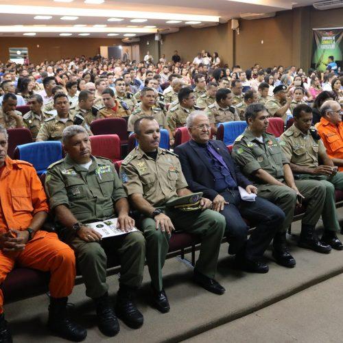 Ministro do Superior Tribunal Militar discute Segurança no Piauí
