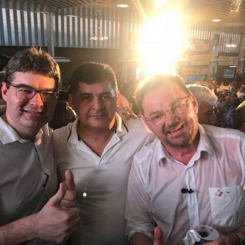"""""""No time de Luciano está a esperança de um Piauí melhor"""", diz prefeito Dr. Jonas em convenção do PSDB"""
