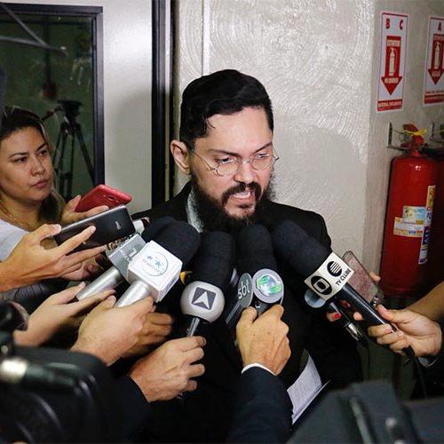 Procurador apura paralisação de técnicos da UFPI que anunciaram apoio a Haddad