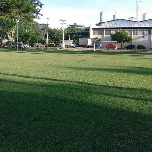 Dois jovens são baleados em tentativa de homicídio em campo de futebol no Piauí