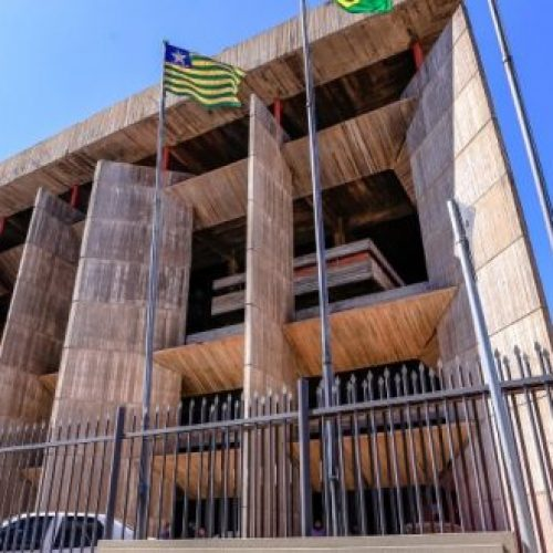 Justiça recebe denúncia do MP contra ex-prefeitos de Isaías Coelho