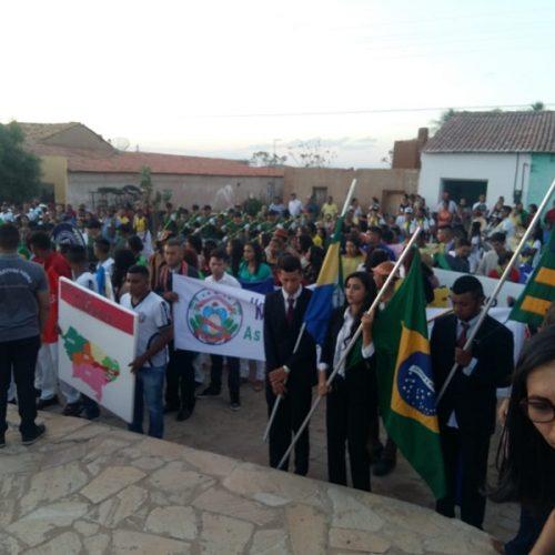 PATOS | Desfile cívico em comemoração a Independência do Brasil é realizado no povoado Cajueiro