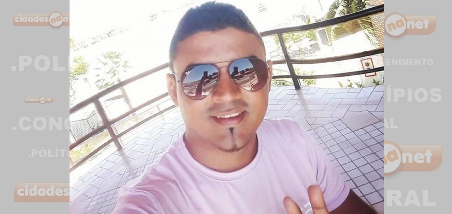 Cantor morre e duas pessoas ficam feridas em acidente em Campo Maior
