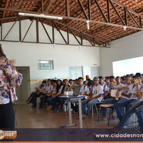 JAICÓS | Secretaria de Assistência promove palestras em escolas sobre o Setembro Amarelo