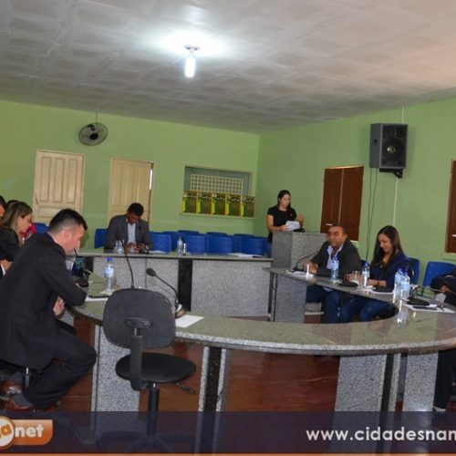 Câmara de Patos aprova projeto que denomina plenárioe homenageia ex-vereador