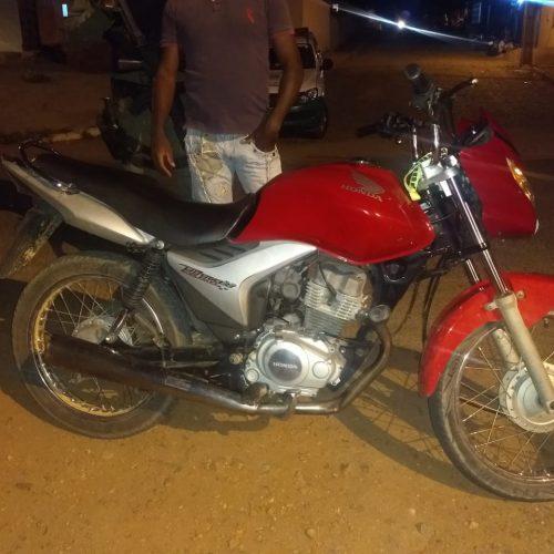 Motocicleta roubada em Santo Antônio de Lisboa é recuperada pela PM em Pio IX