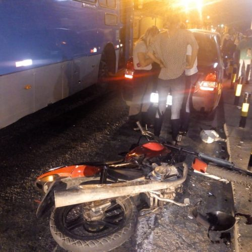 Suspeito de assalto morre após colisão com ônibus no Piauí
