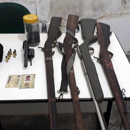 Homem é preso e cinco armas são apreendidas no interior de Belém do PI em operação da Força Tática