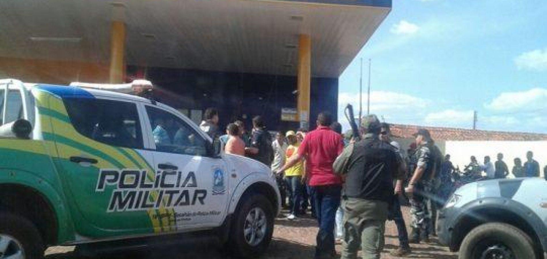 Bandidos armados rendem frentistas e assaltam posto de combustível no Piauí