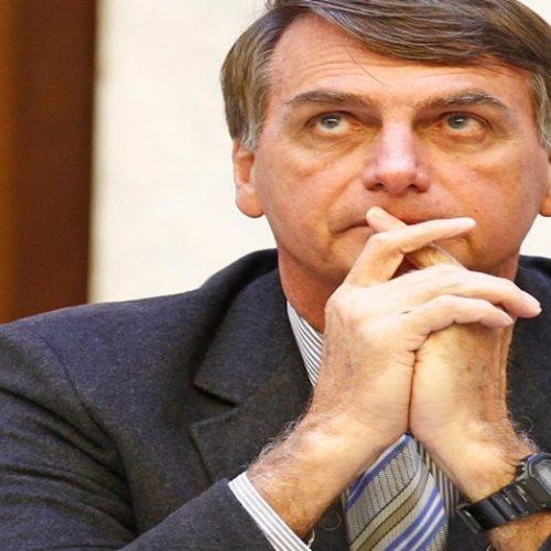 Rejeição de Bolsonaro sobe de 39%  para 43% após ataque,  segundo Datafolha