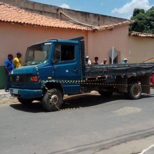Aposentado de 88 anos morre atropelado por caminhão no Piauí