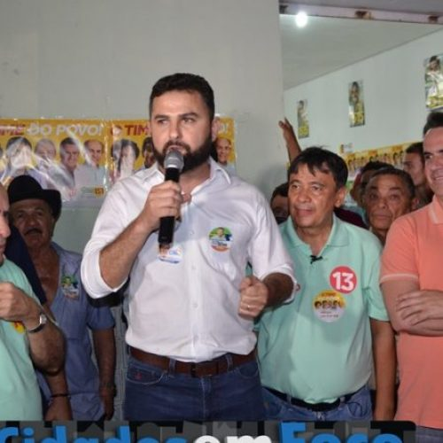 Em campanha, caravana de Wellington Dias visita Patos e Jacobina do Piauí