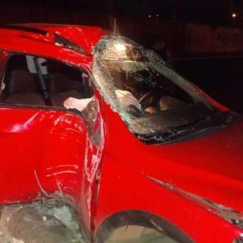 Casal fica ferido em colisão ao sair de motel no Piauí