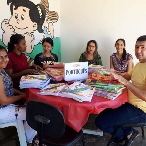 Educação de Padre Marcos promove encontro para análise de obras didáticas PNLD 2019