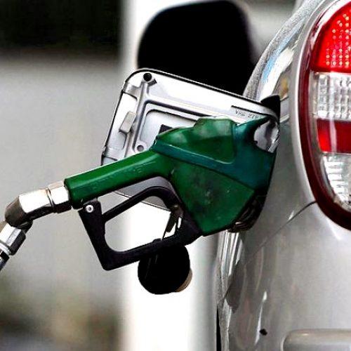 Preços da gasolina e do etanol têm leve alta na semana, diz ANP