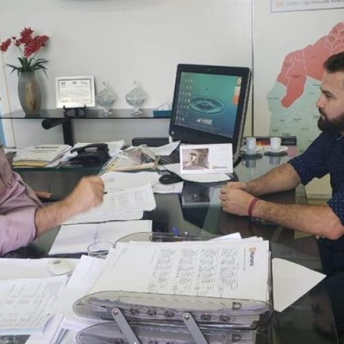 Em Teresina, prefeito GD busca solução para falta de água em bairro de Jacobina do Piauí