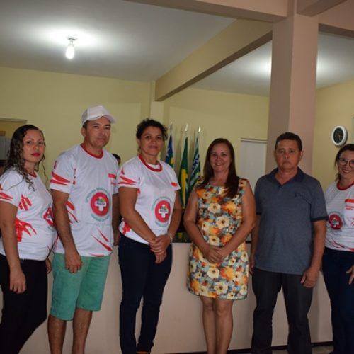 Prefeita Maria José entrega novos fardamentos e materiais de trabalho aos servidores da Saúde