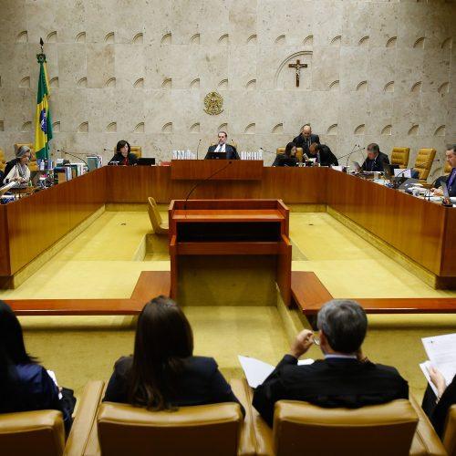 Declaração de filho de Bolsonaro é 'muito grave', reage trio do STF