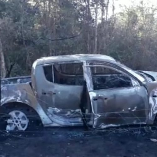 Veículo pega fogo em estrada vicinal no Piauí