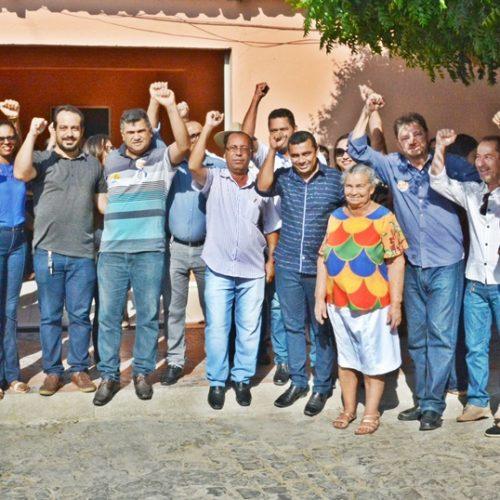 Wilson Martins visita Jaicós e recebe apoio do prefeito Neném de Edite