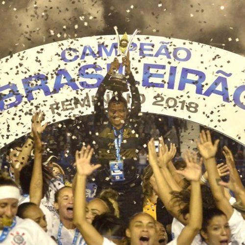 Corinthians goleia o Rio Preto e fatura pela 1ª vez o título do Brasileiro feminino