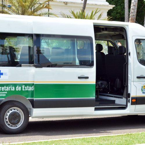 Prefeito reforça serviços de Saúde com ambulância e van para o transporte de pessoas