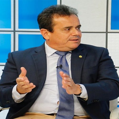 Henrique Pires ignora críticas de Assis e lança Marcelo Castro para 2022