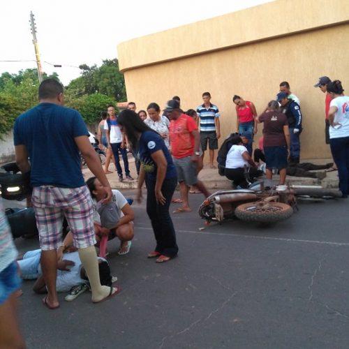 Violenta colisão entre duas motos deixa dois feridos no Piauí