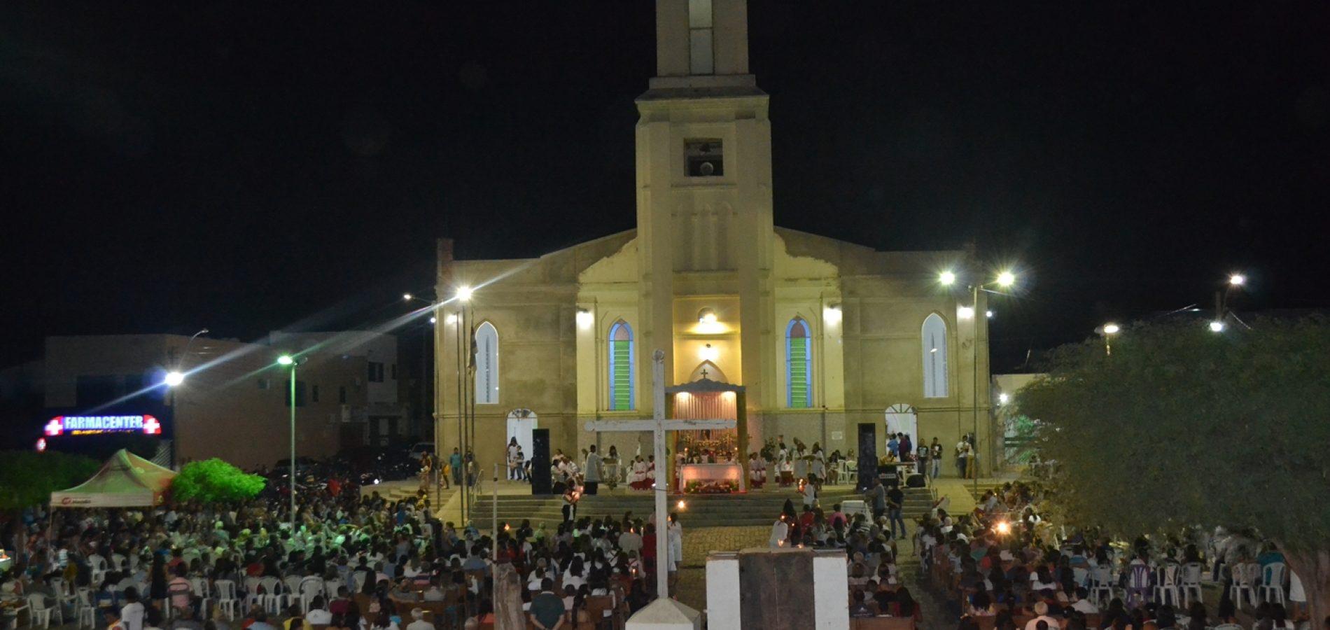 FOTOS | 1ª noite de novena e missa dos festejos de São Simão, em Simões
