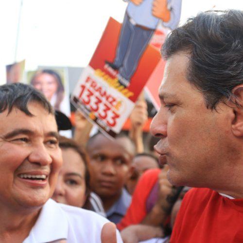 No Piauí, Haddad diz que Bolsonaro é ameaça real à democracia
