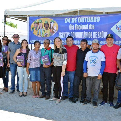 Saúde entrega kits de trabalho aos ACS e inicia semana de cuidados visuais em Caridade do Piauí