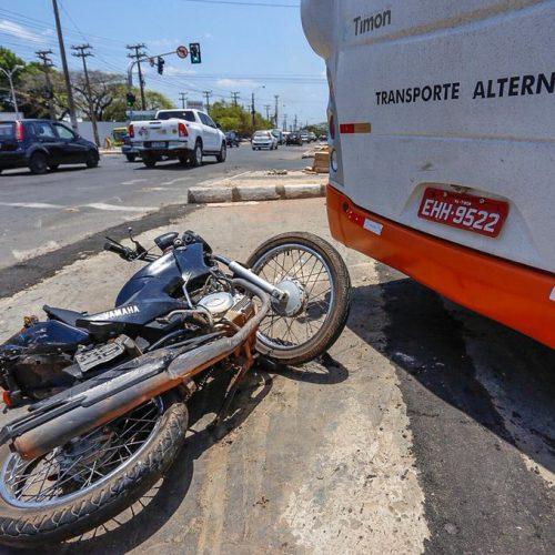 Casal fica ferido em grave acidente na BR 316 no Piauí