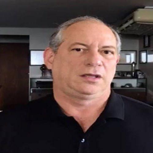 Ciro Gomes é vaiado ao criticar Lula em evento
