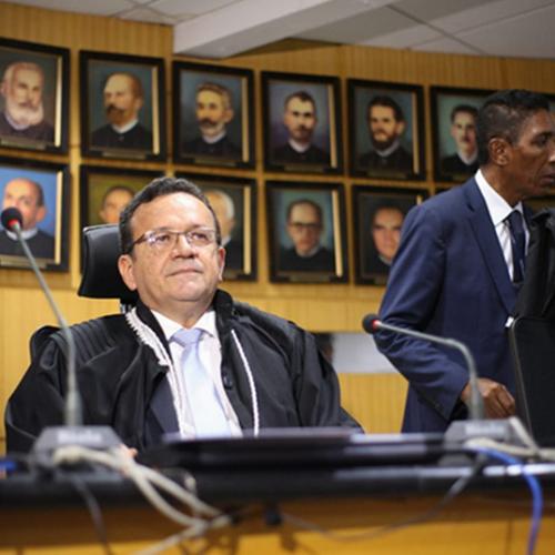 Desembargador Sebastião Ribeiro Martins é eleito presidente do TJ/PI com 19 votos