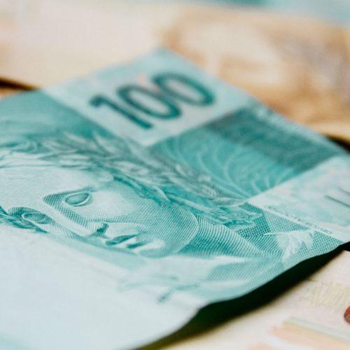 Limite de juros para cheque especial começa a valer nesta segunda (06)