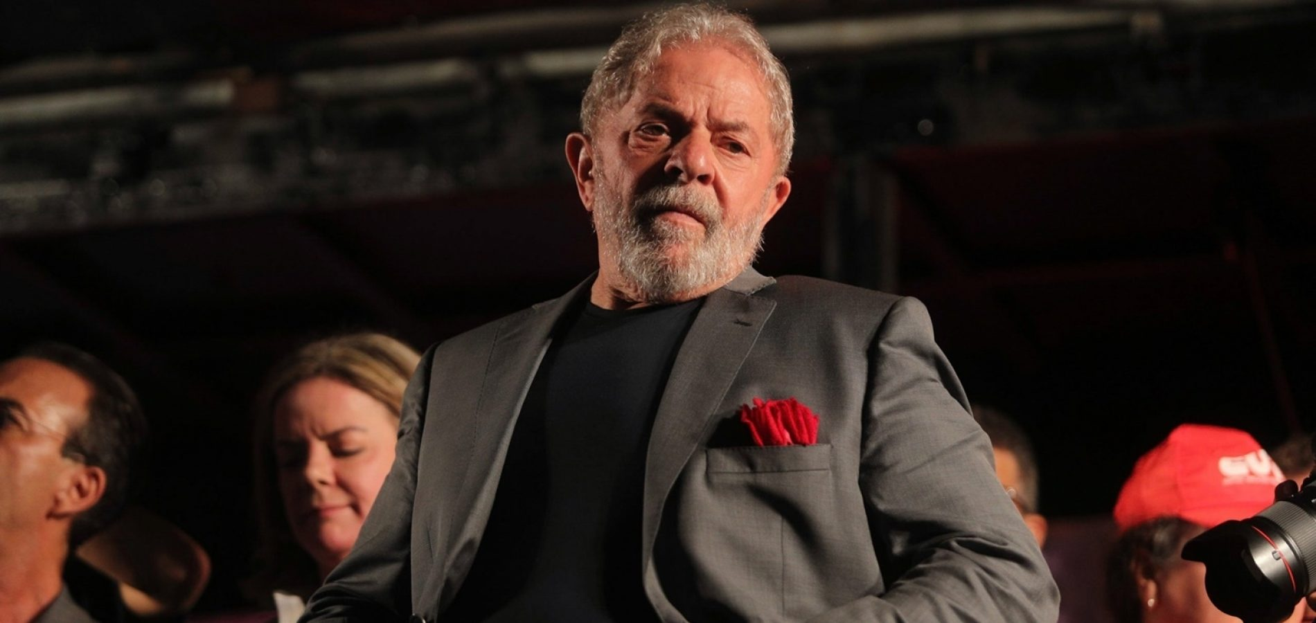 'É maluquice', diz Lula sobre renúncia de Haddad
