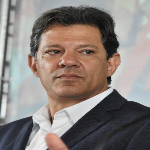 TSE multa campanha de Haddad por impulsionar notícias contra Bolsonaro na internet