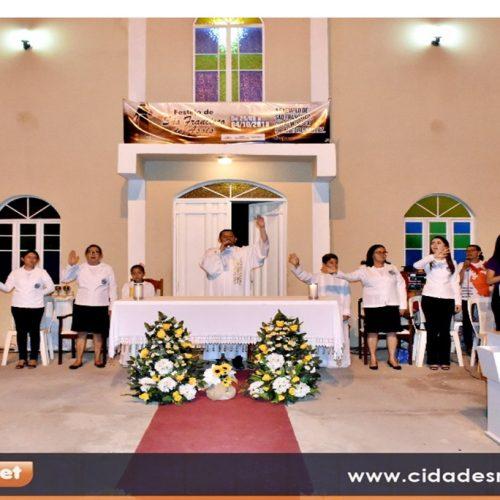 Em Francisco Macedo, milhares de fiéis participam da missa de São Francisco de Assis; veja fotos