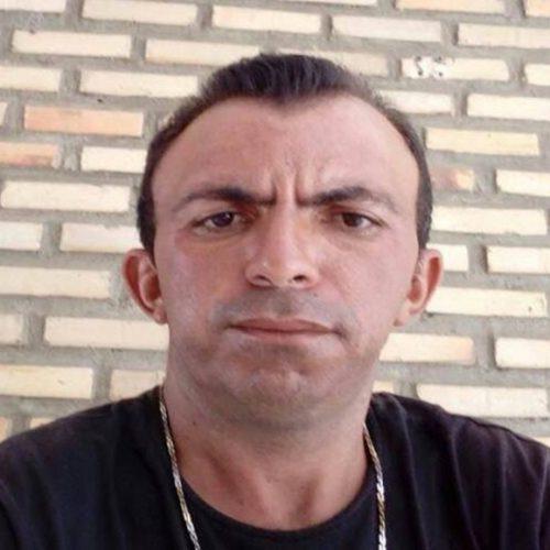 Homem cai de moto, quebra o pescoço e morre em Alagoinha do Piauí
