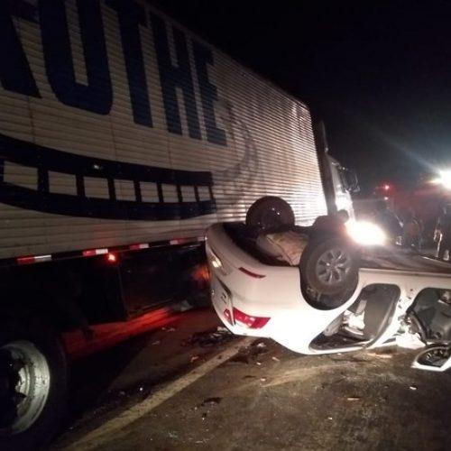Carro com família de Marcolândia se envolve em acidente na BR – 407 no PE e mulher morre no local