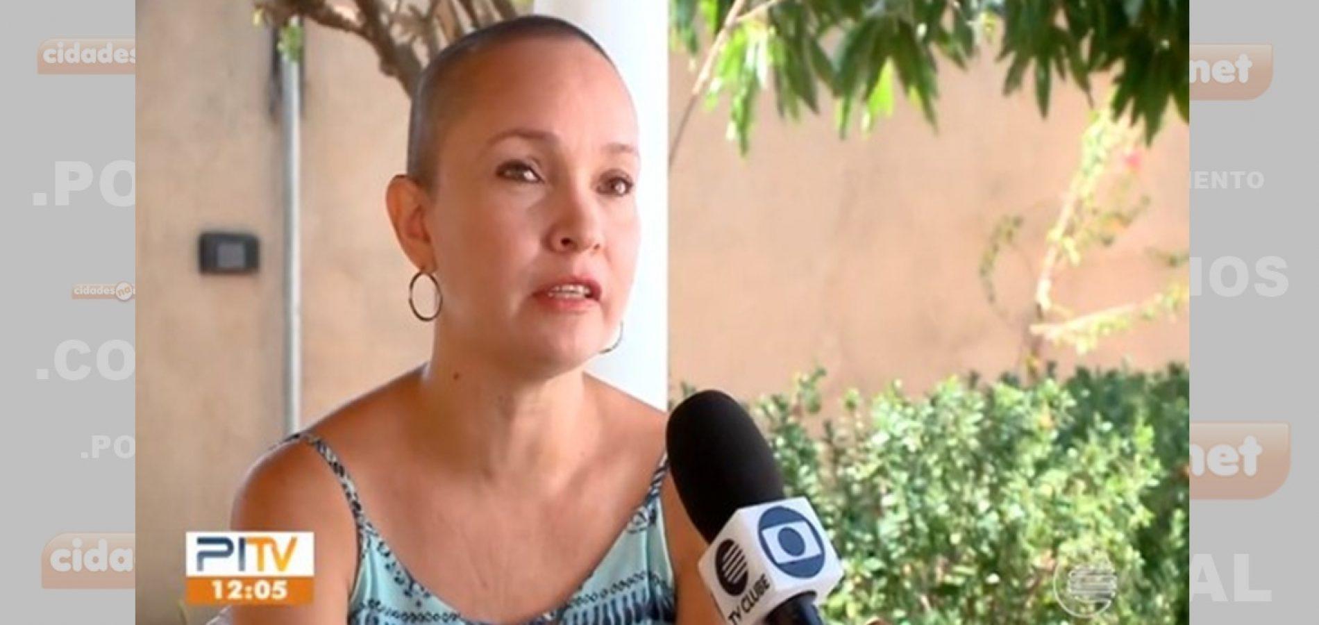 Jornalista doa cabelo para mulheres em tratamento do câncer de mama