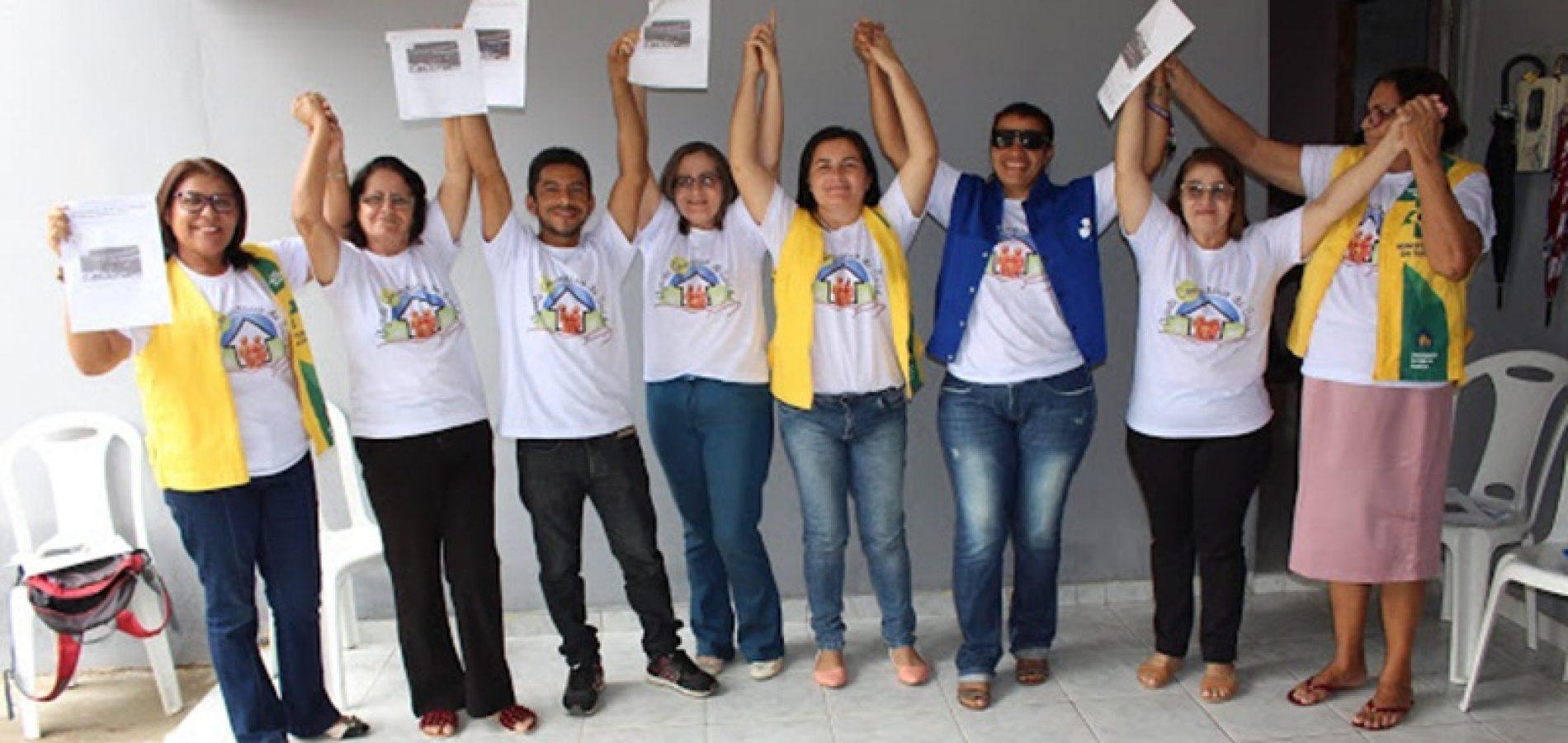 SIMÕES | Em reunião, agentes de Saúde e Endemias comemoram derrubada de veto ao piso salarial
